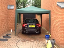 Mobile canopies for rain and sun